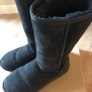 UGG Boots Black Classic Tall II Size 8